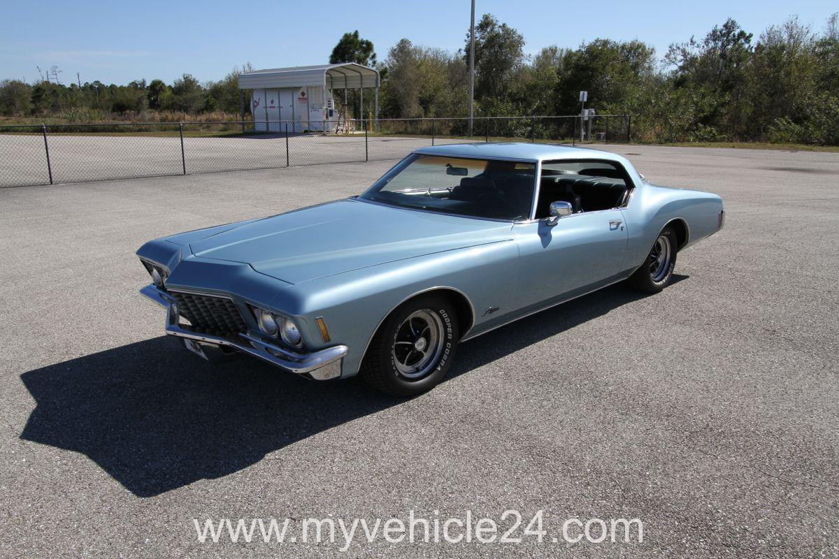 1972 Buick Riviera Boattail - 056